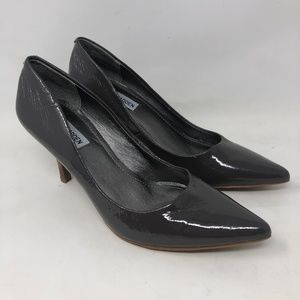 New Steve Madden Gray Patent Leather Pumps 8